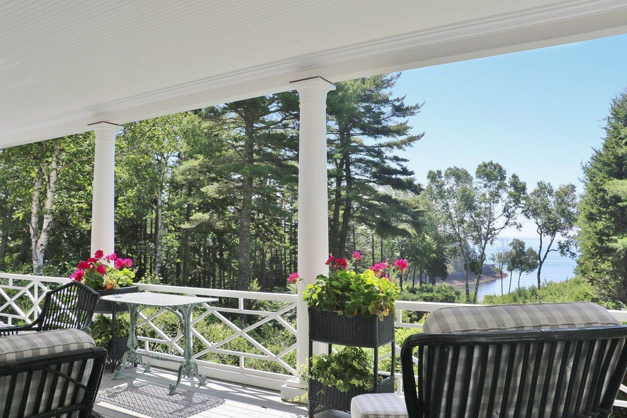 5. Single Family Home für Verkauf beim Gull's Rock 18 South Shore Road Northeast Harbor, Maine,04662 Vereinigte Staaten