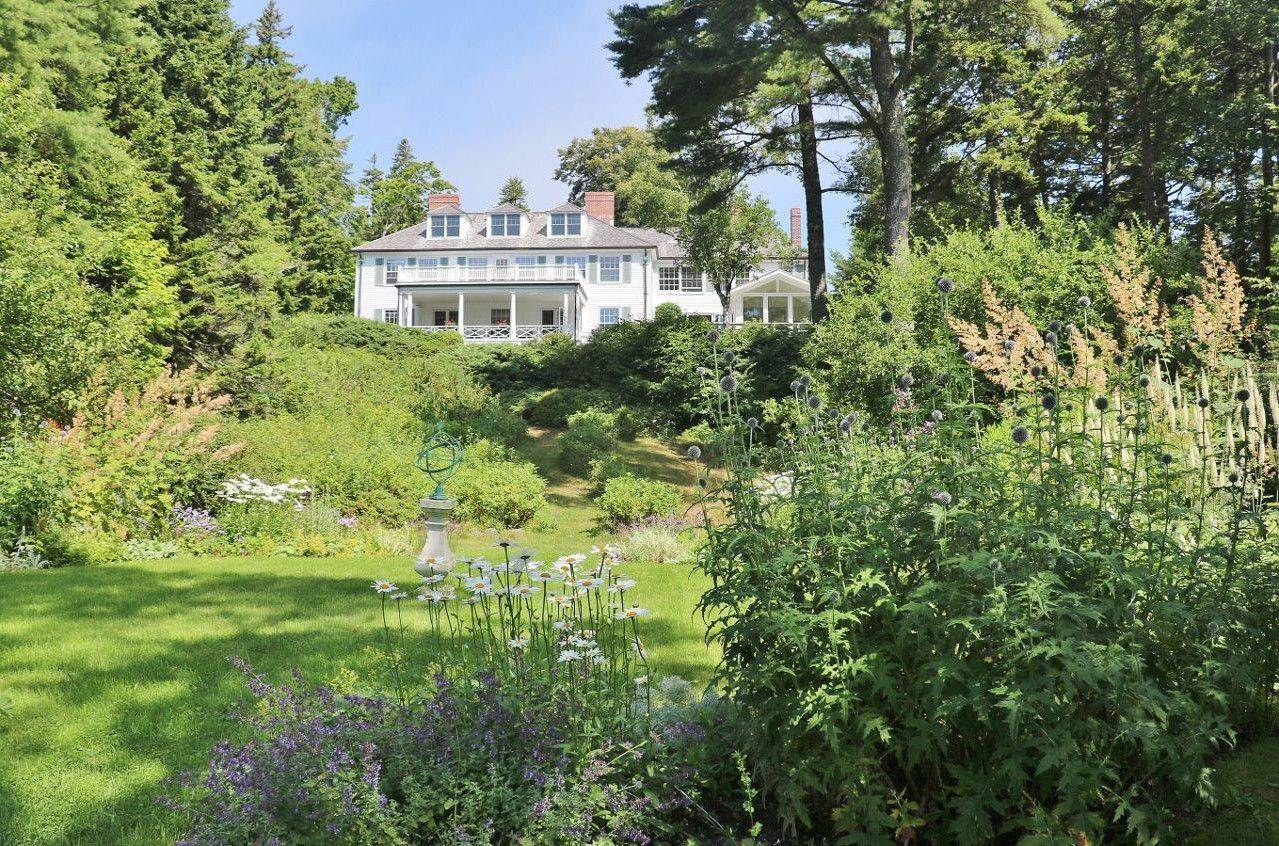 Single Family Home for Sale at Gull's Rock 18 South Shore Road Northeast Harbor, Maine,04662 United States