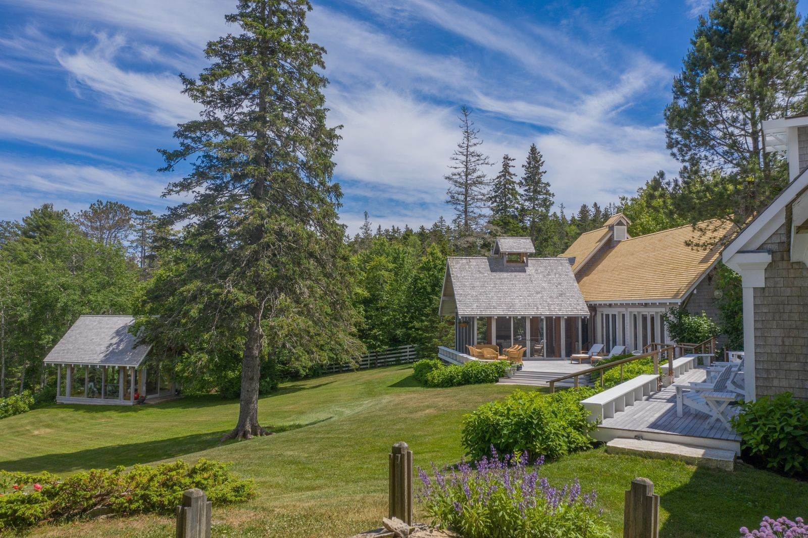 24. Single Family Home vì Bán tại 1552 North Haven Road Vinalhaven, Maine,04863 Hoa Kỳ