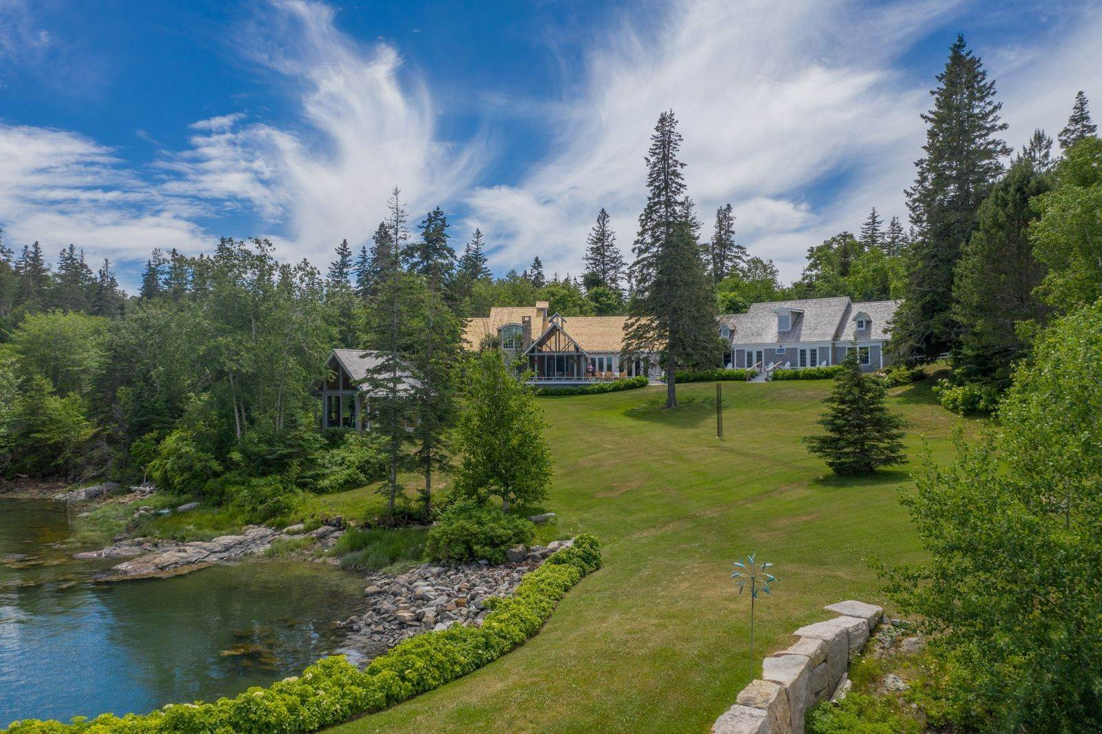 31. Single Family Home vì Bán tại 1552 North Haven Road Vinalhaven, Maine,04863 Hoa Kỳ