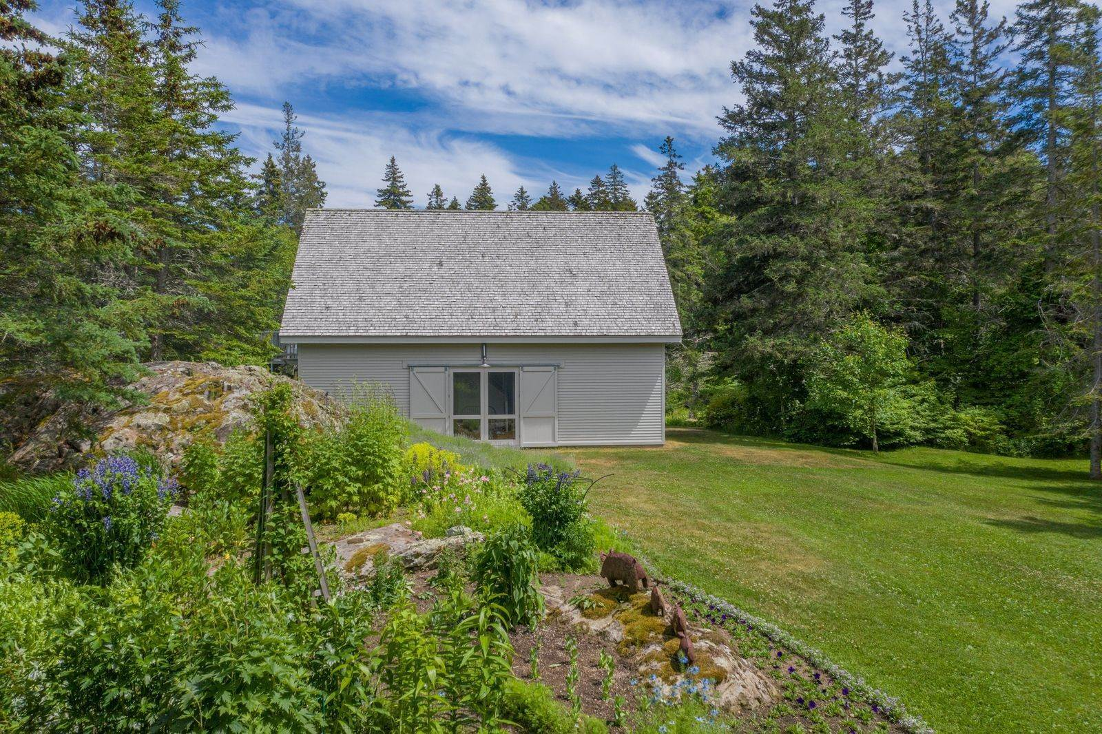 18. Single Family Home vì Bán tại 1552 North Haven Road Vinalhaven, Maine,04863 Hoa Kỳ