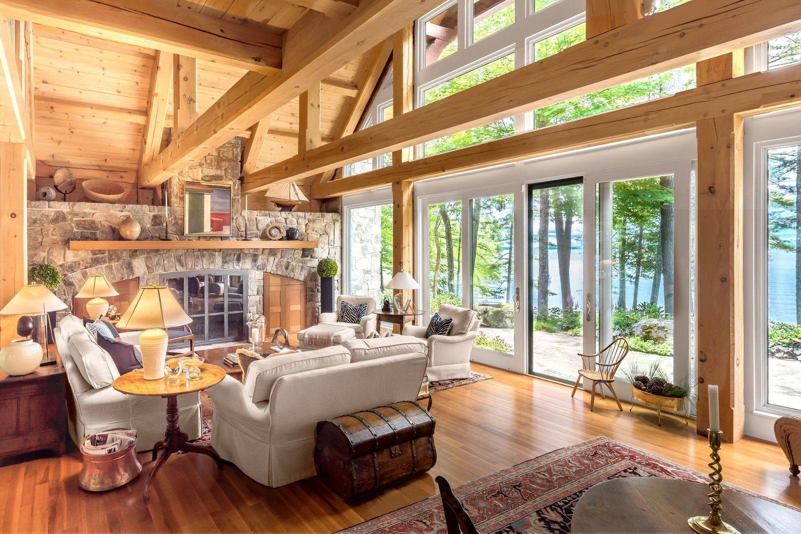Single Family Home 용 매매 에 Schooner Cove on Sebago Lake 58 Sunset Chimneys Rd. Raymond, 마이애미,04071 미국