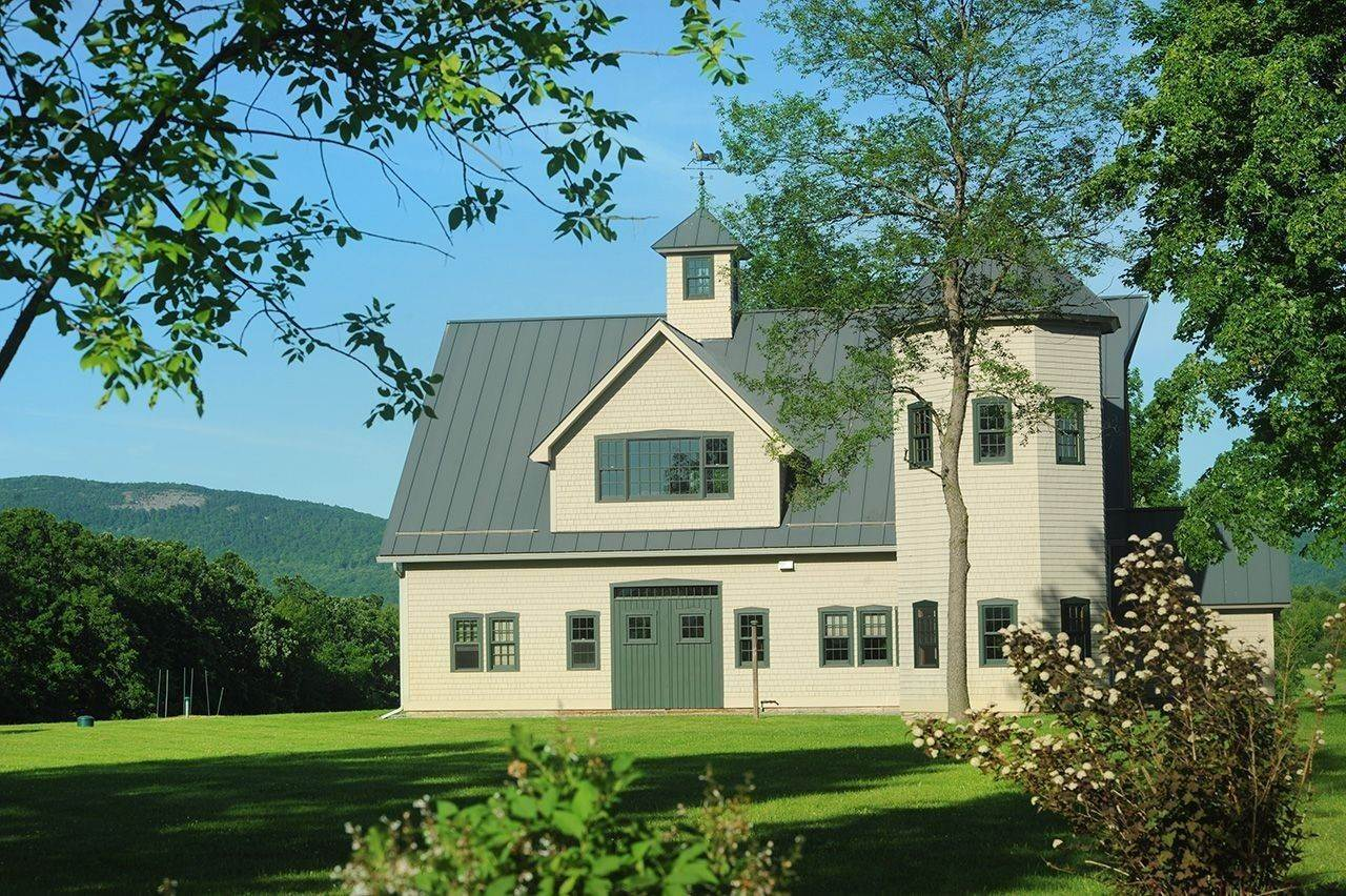 2. Single Family Home por un Venta en Twin View Farm 1075 Grandey Rd Addison, Vermont,05491 Estados Unidos