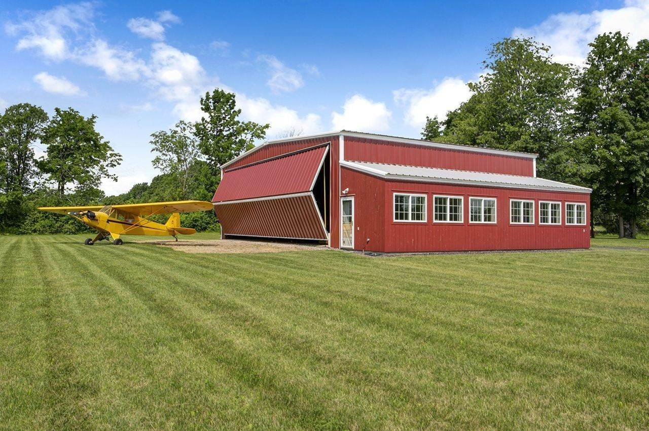 6. Single Family Home por un Venta en Twin View Farm 1075 Grandey Rd Addison, Vermont,05491 Estados Unidos