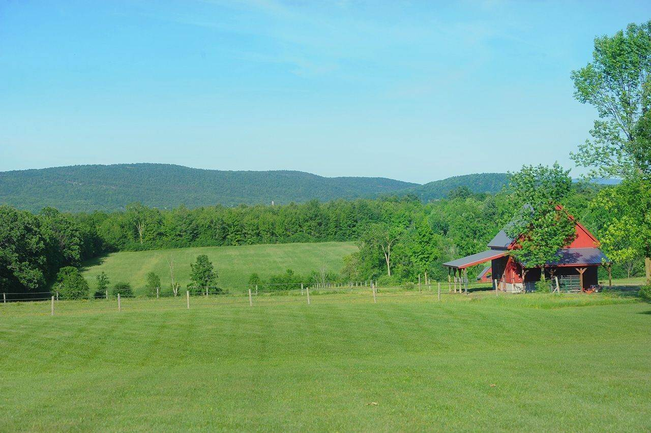 9. Single Family Home por un Venta en Twin View Farm 1075 Grandey Rd Addison, Vermont,05491 Estados Unidos