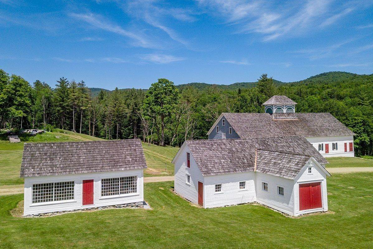 34. Single Family Home pour l à vendre à Brook Farm Vineyards 4203 Twenty Mile Stream Rd Cavendish, Vermont,05153 États-Unis
