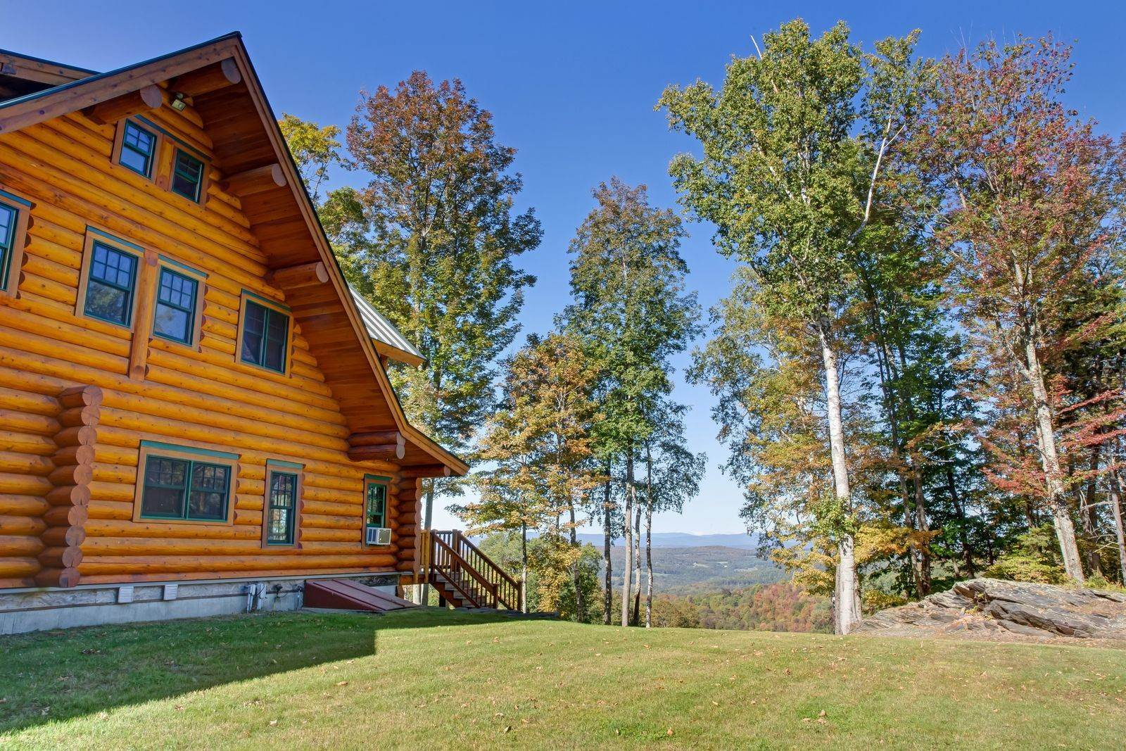 5. Single Family Home por un Venta en 401 Danoli Farm Drive East Randolph, Vermont,05060 Estados Unidos