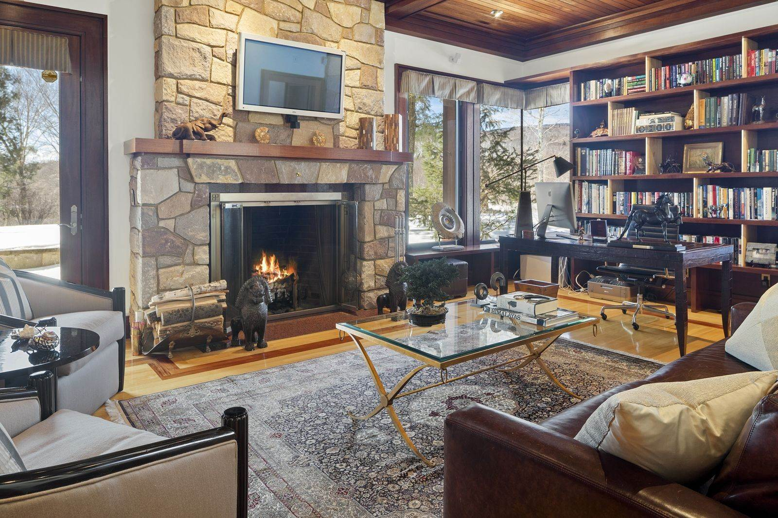 11. Single Family Home のために 売買 アット Mendonhall Estate, A Serene Mountain Retreat in the Heart of Vermont Ski Country Mendon, バーモント,05751 アメリカ