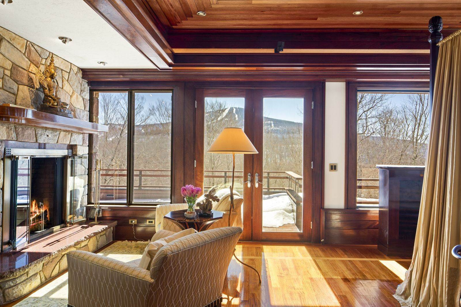 19. Single Family Home のために 売買 アット Mendonhall Estate, A Serene Mountain Retreat in the Heart of Vermont Ski Country Mendon, バーモント,05751 アメリカ