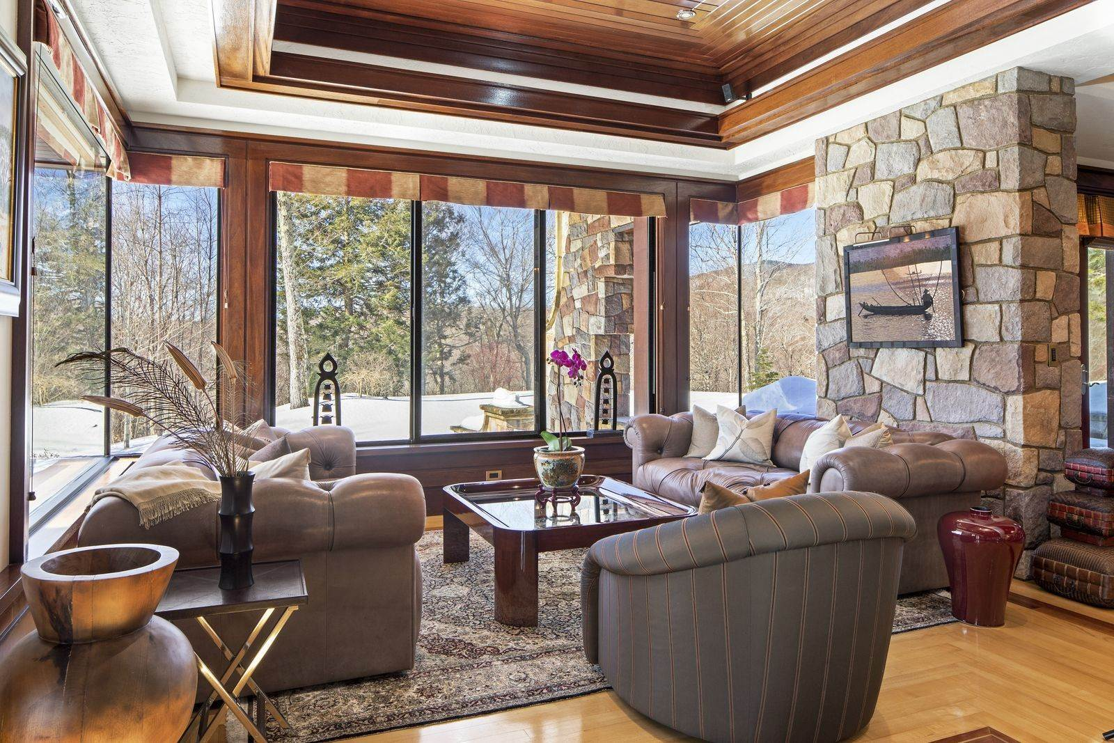 7. Single Family Home のために 売買 アット Mendonhall Estate, A Serene Mountain Retreat in the Heart of Vermont Ski Country Mendon, バーモント,05751 アメリカ
