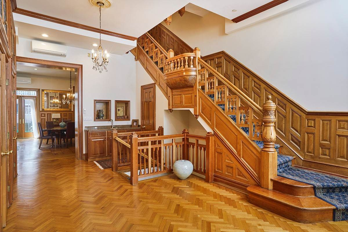 3. Multi Family Townhouse for Sale at 312 West 71st Street New York, New York,10023 United States