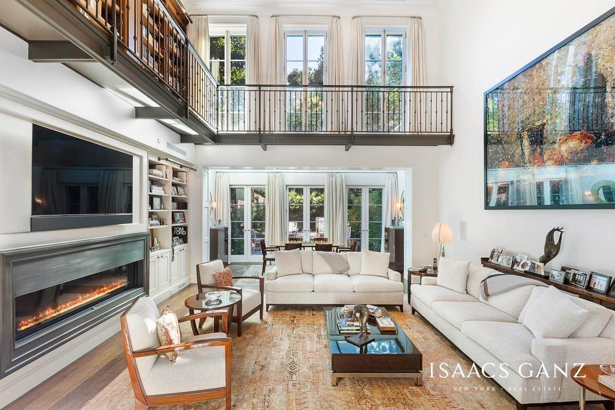Single Family Townhouse for Sale at 30 Grove Street New York, New York,10014 United States