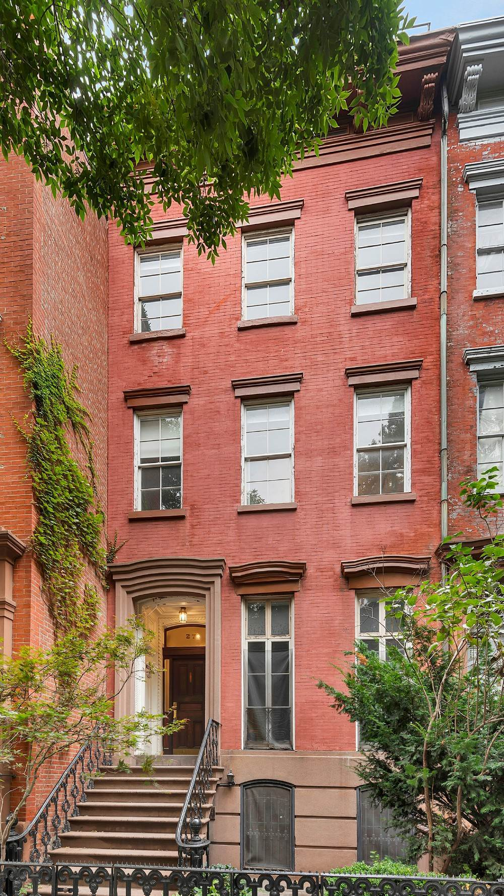 Multi Family Townhouse for Sale at 27 Bank Street New York, New York,10014 United States
