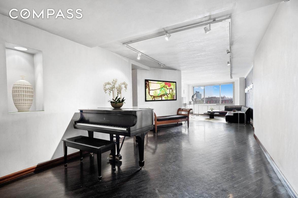 5. Co-op property pour l à vendre à 45 East End Avenue, 2-AJ New York, New York,10028 États-Unis