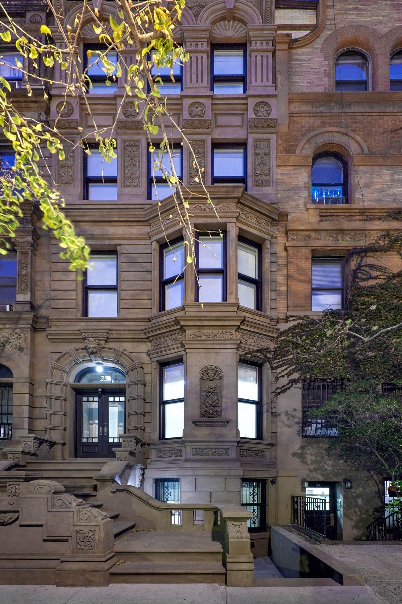 Single Family Townhouse for Rent at 25 West 88th Street New York, New York,10024 United States