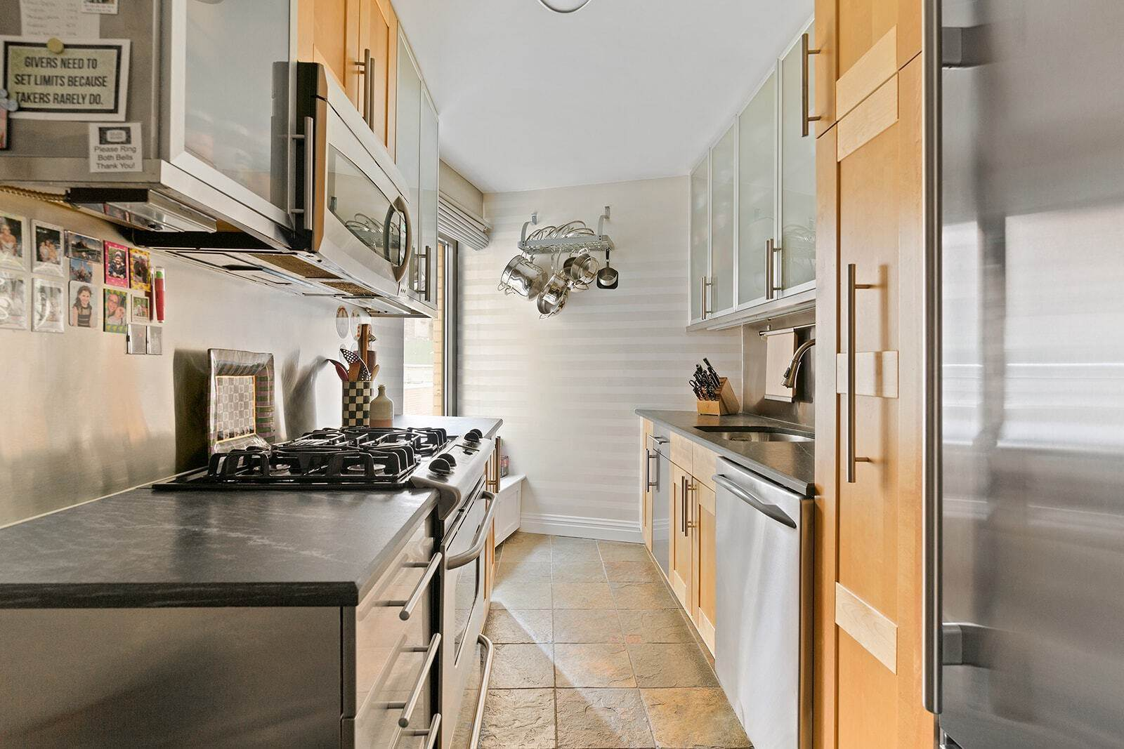 7. Co-op property pour l à vendre à 200 Central Park South, 3a New York, New York,10019 États-Unis