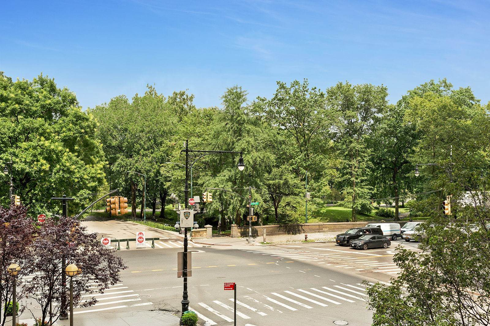 13. Co-op property pour l à vendre à 200 Central Park South, 3a New York, New York,10019 États-Unis