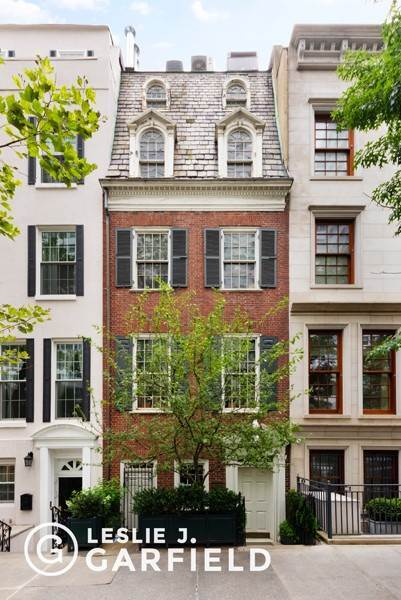 Single Family Townhouse para Venda às 240 East 68th Street New York, Nova York,10065 Estados Unidos
