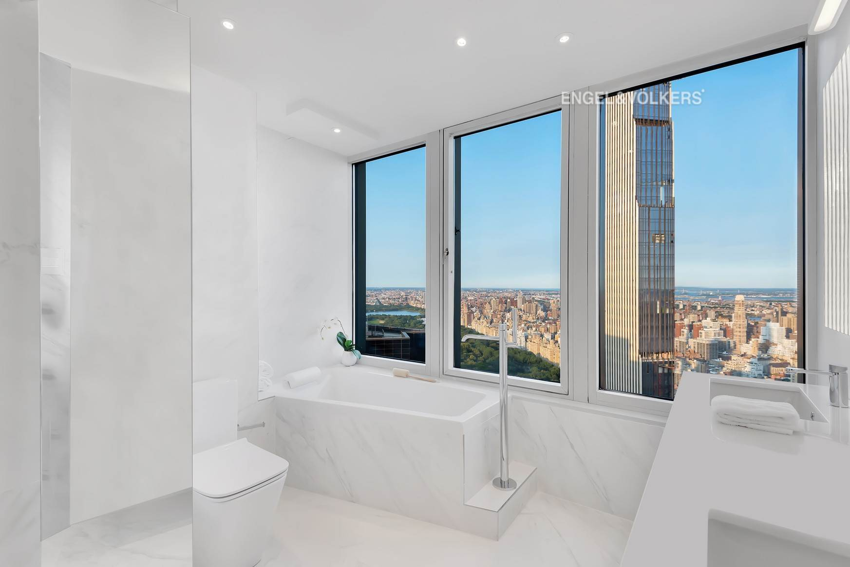 8. Condominium for Sale at CitySpire 150 West 56th Street, 7102 New York, New York,10019 United States
