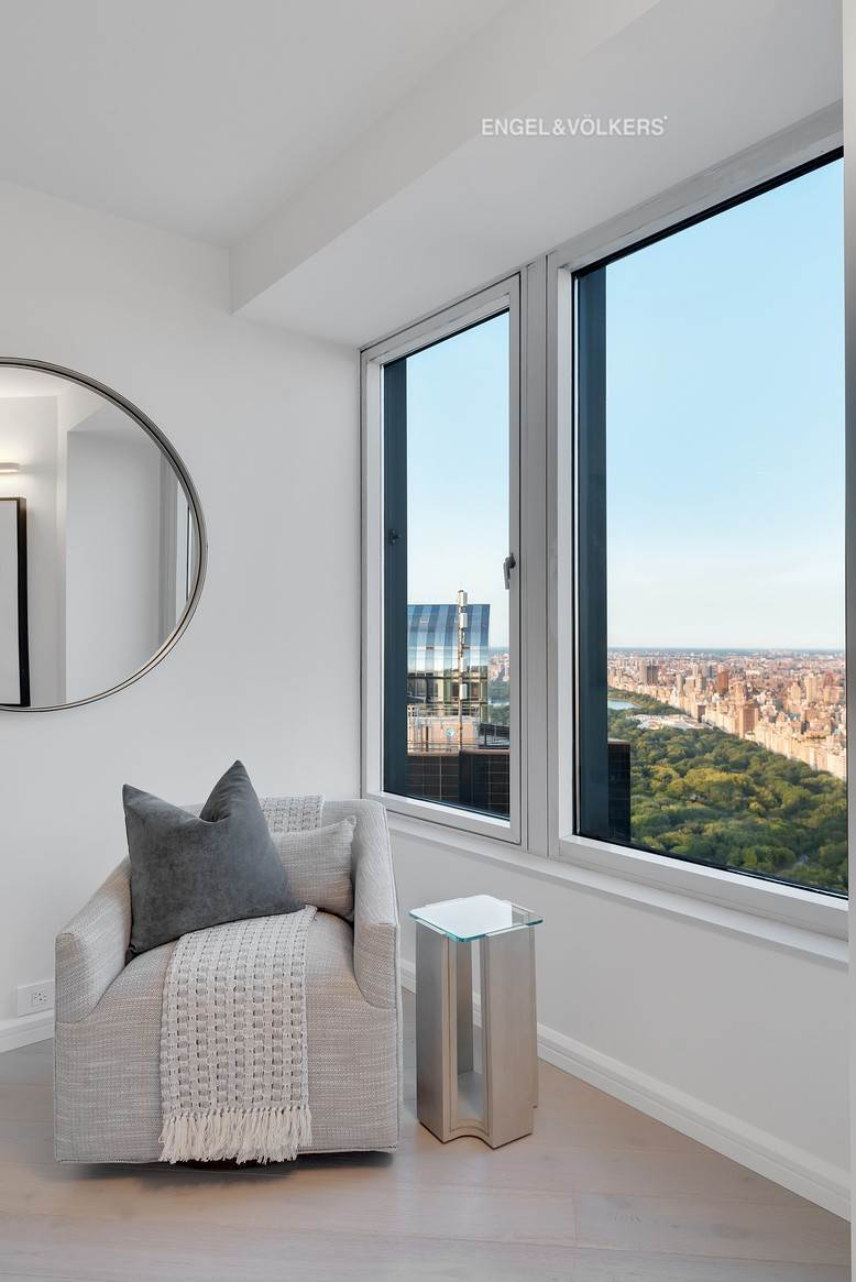 7. Condominium for Sale at CitySpire 150 West 56th Street, 7102 New York, New York,10019 United States