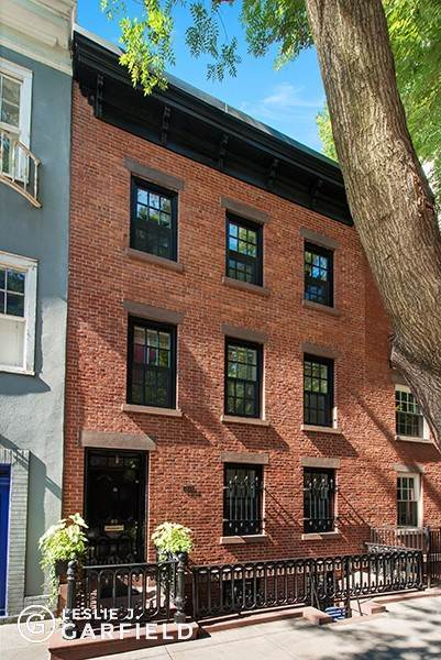Single Family Townhouse for Sale at 85 Perry Street New York, New York,10014 United States