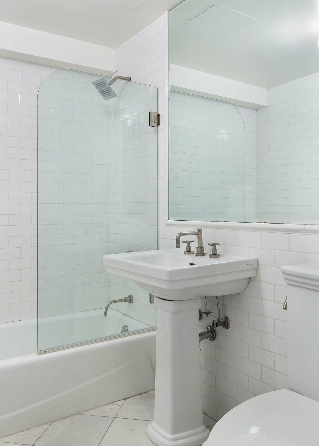 9. Condominium for Rent at Sugar Warehouse 79 Laight Street, 5-F New York, New York,10013 United States