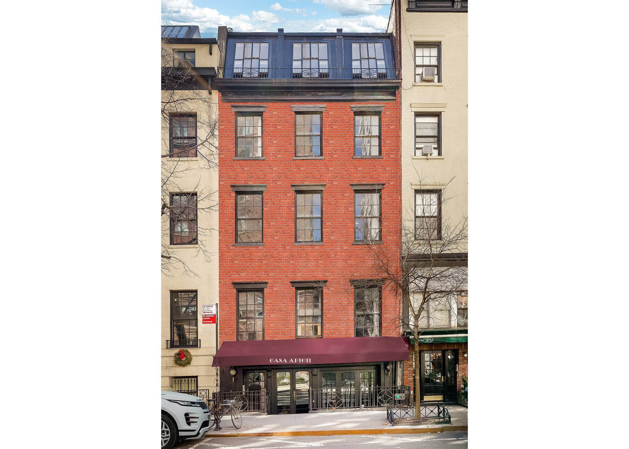 Multi Family Townhouse por un Venta en 62 West 9th Street New York, Nueva York,10011 Estados Unidos