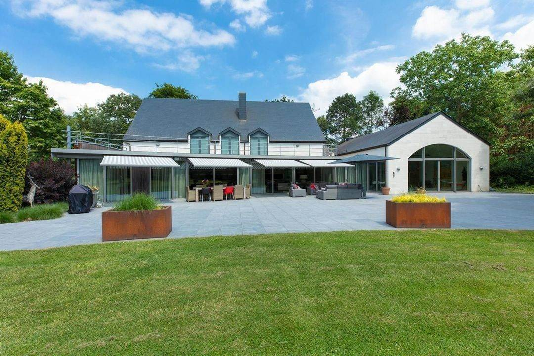 Villa/Townhouse for Sale at Belgium