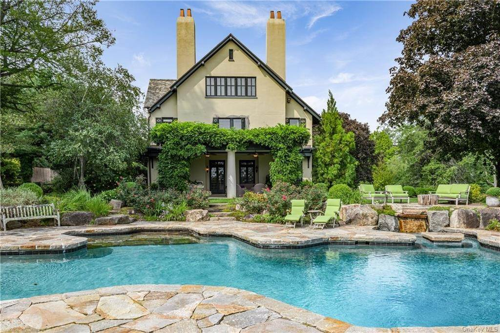 Single Family Home for Sale at 10 Broad Brook Road Bedford Hills, New York,10507 United States