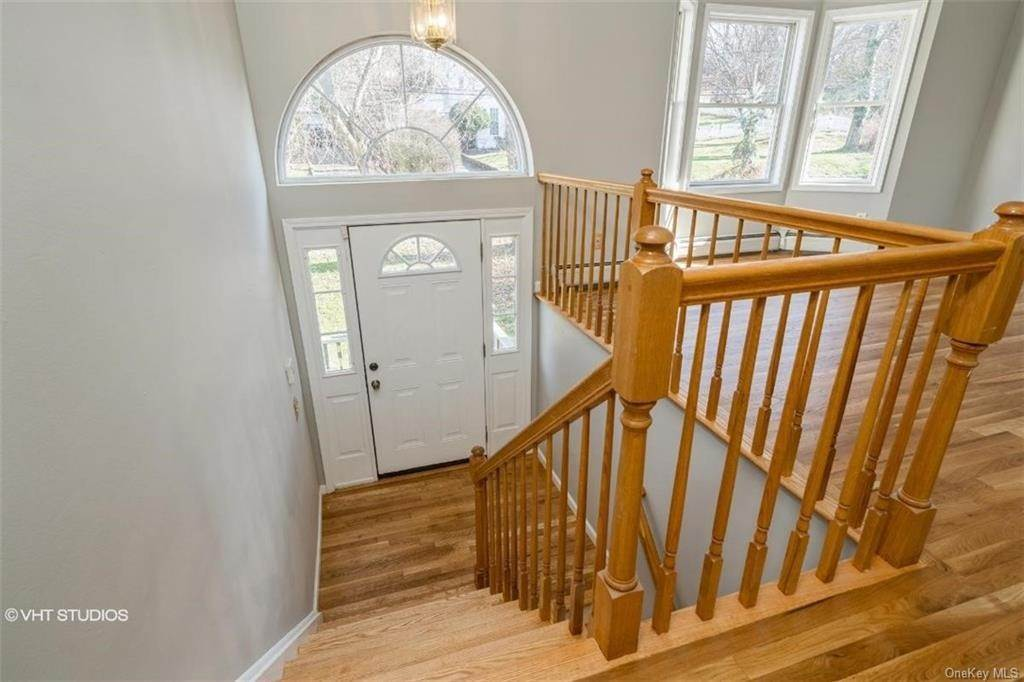 Single Family Home for Sale at 41 N Greenbush Road West Nyack, New York,10994 United States