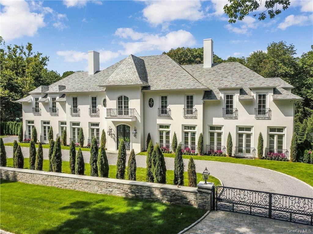 Single Family Home for Sale at 7 Carlton Road Bronxville, New York,10708 United States