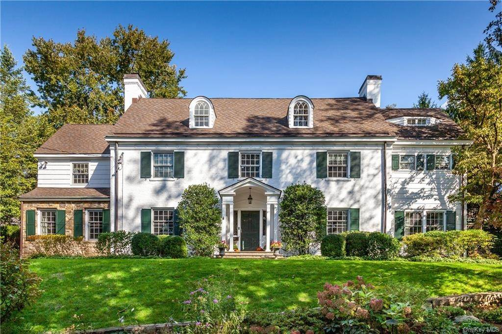 Single Family Home for Sale at 37 Studio Lane Bronxville, New York,10708 United States