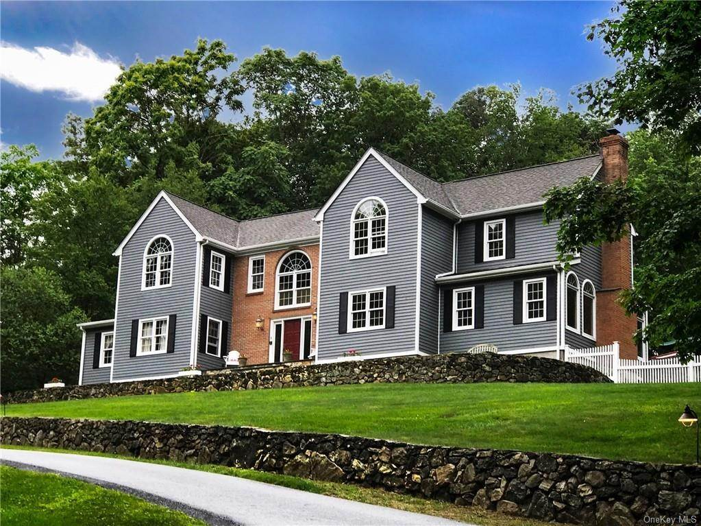 Single Family Home for Sale at 230 Haines Road Bedford Hills, New York,10507 United States