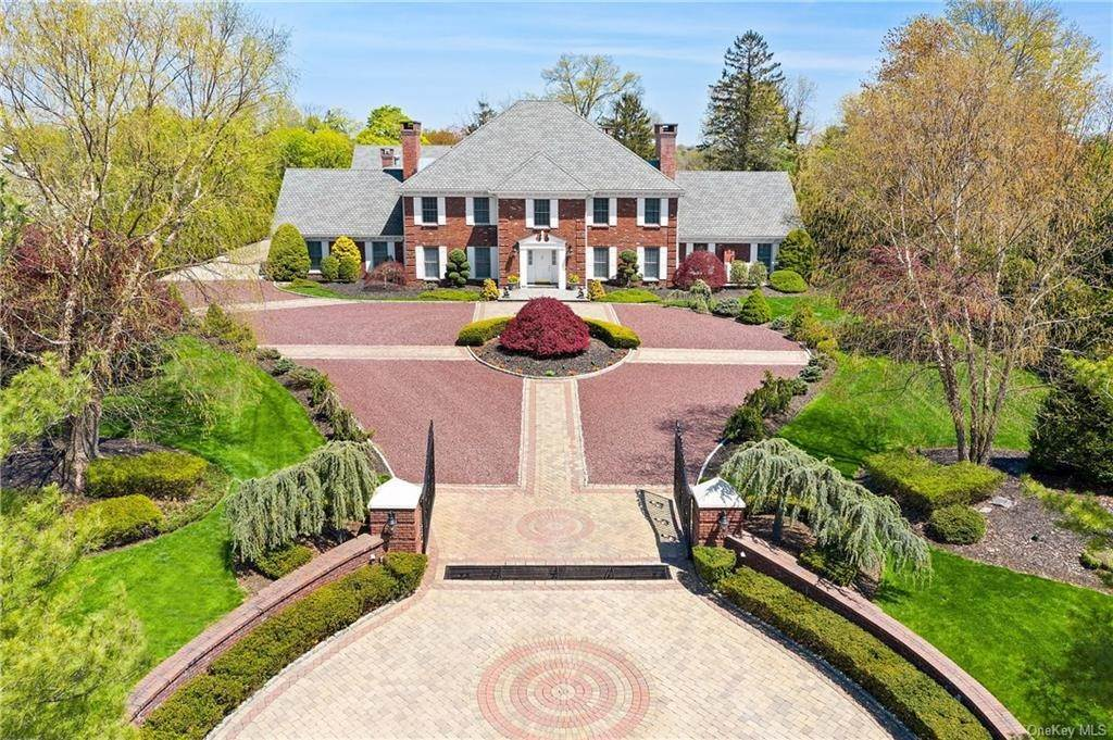Single Family Home のために 売買 アット 109 Mamaroneck Road Scarsdale, ニューヨーク,10583 アメリカ