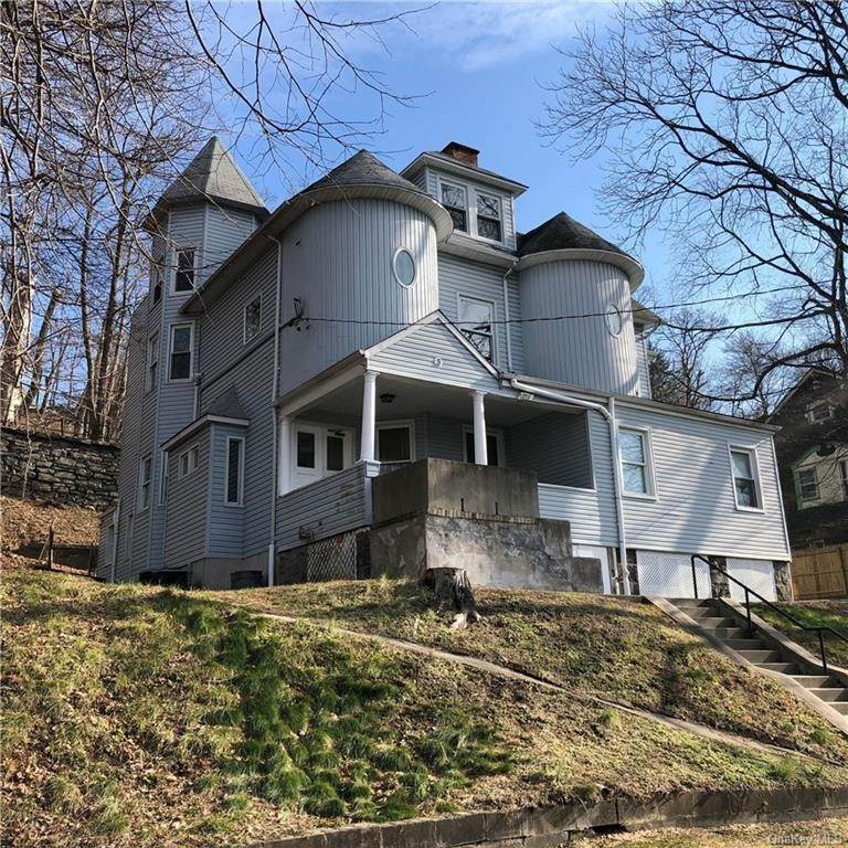 Single Family Home for Sale at 109 Phillipse Place Yonkers, New York,10701 United States