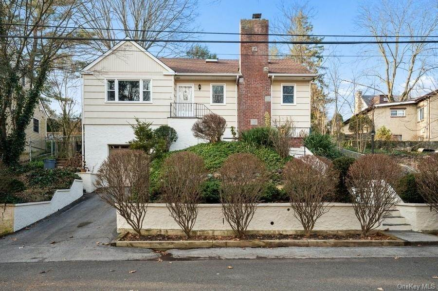 Single Family Home for Sale at 392 Read Avenue Tuckahoe, New York,10707 United States