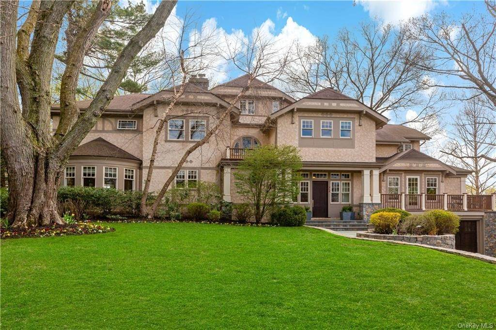 Single Family Home for Sale at 72 Briarcliff Road Larchmont, New York,10538 United States