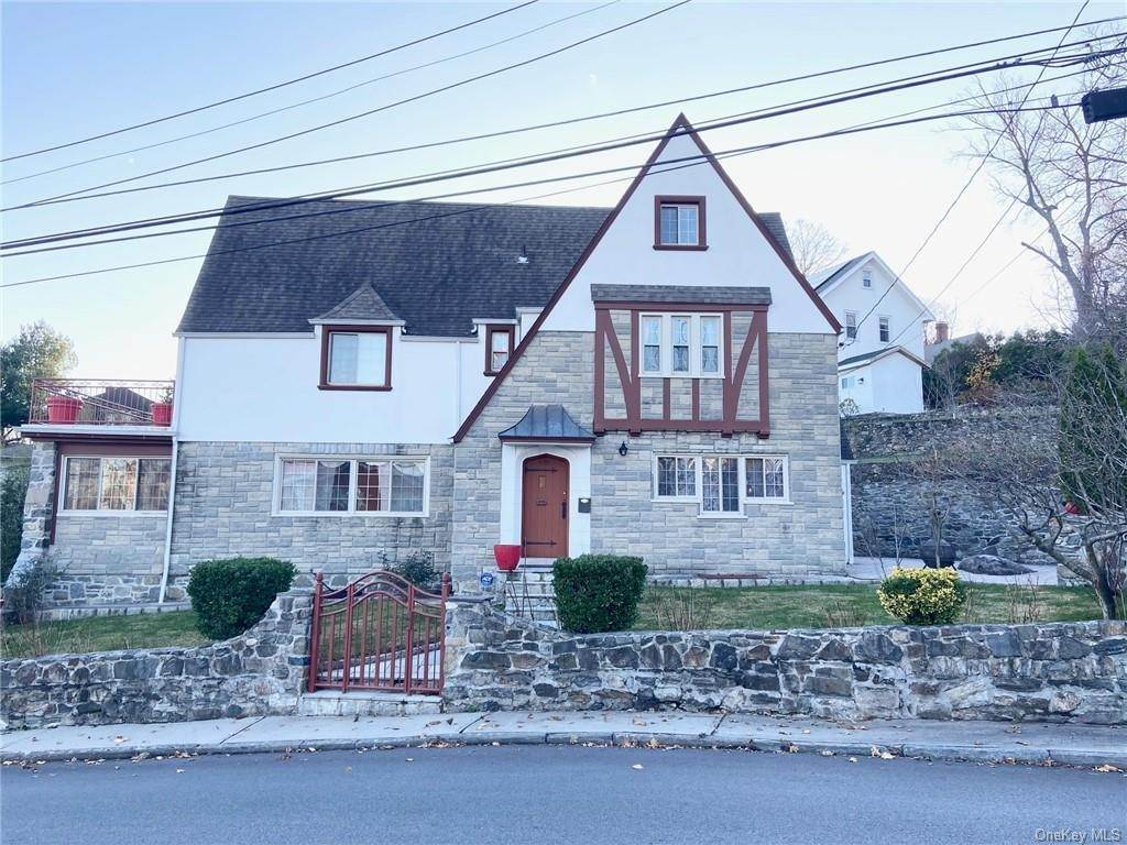 Single Family Home for Sale at 120 Colonial Parkway Yonkers, New York,10710 United States