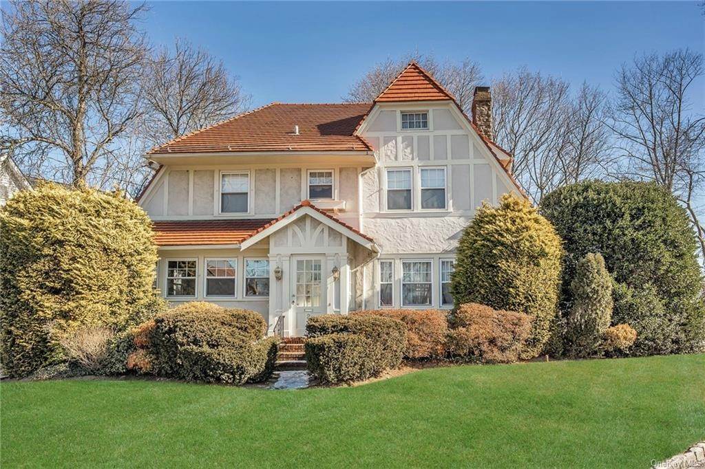Single Family Home for Sale at 2 Hollywood Avenue Tuckahoe, New York,10707 United States
