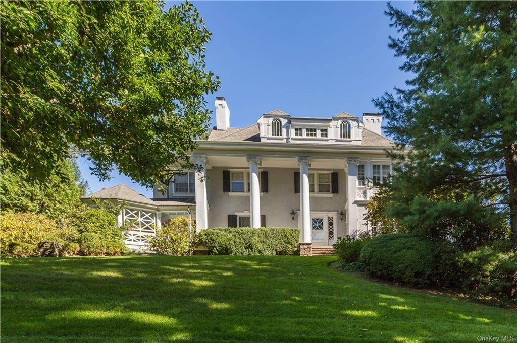 Single Family Home for Sale at 18 Gladwin Place Bronxville, New York,10708 United States