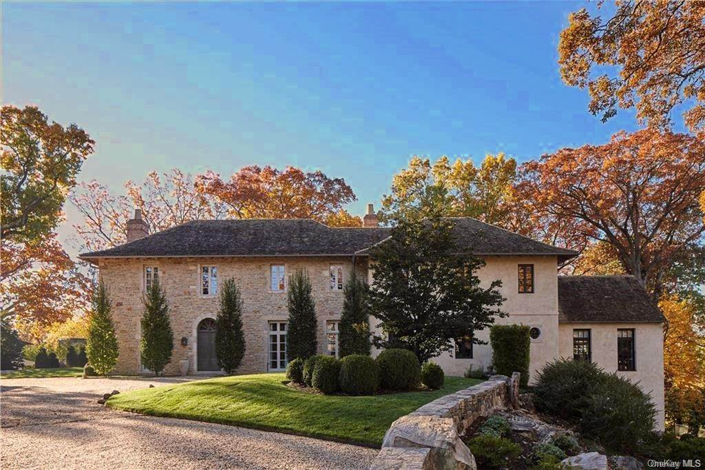 Single Family Home for Sale at 28 Valley Road Bronxville, New York,10708 United States