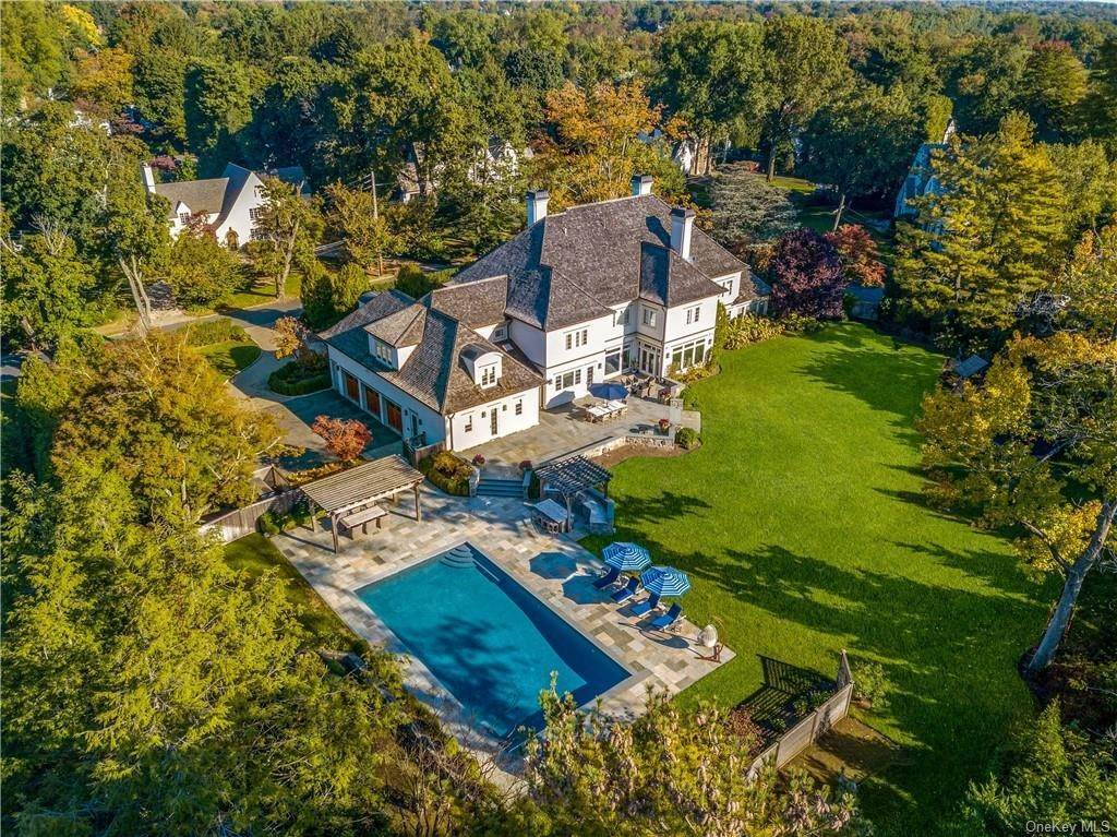 Single Family Home for Sale at 4 Fordal Road Bronxville, New York,10708 United States