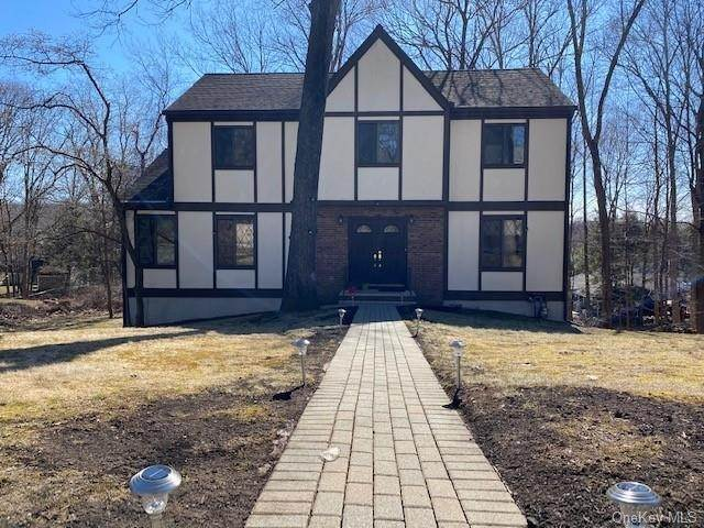 Single Family Home for Sale at 24 Jean Lane Chestnut Ridge, New York,10952 United States
