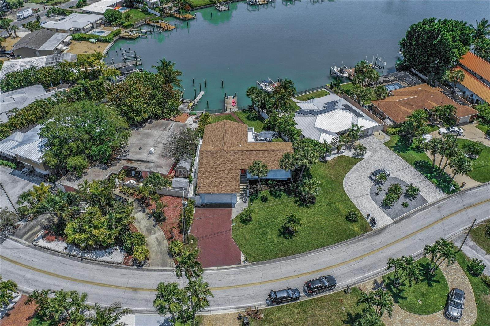 3. Single Family Home for Sale at St. Pete Beach, Florida,United States