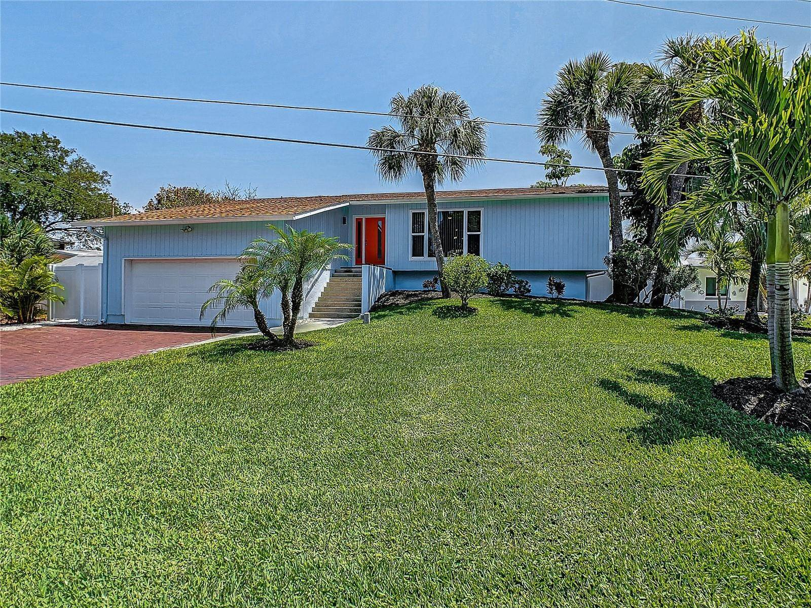 4. Single Family Home for Sale at St. Pete Beach, Florida,United States