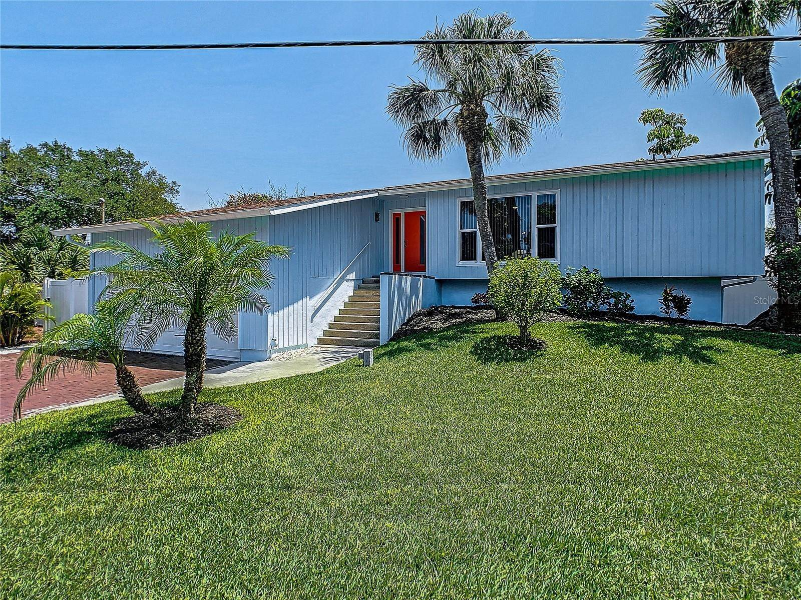 5. Single Family Home for Sale at St. Pete Beach, Florida,United States