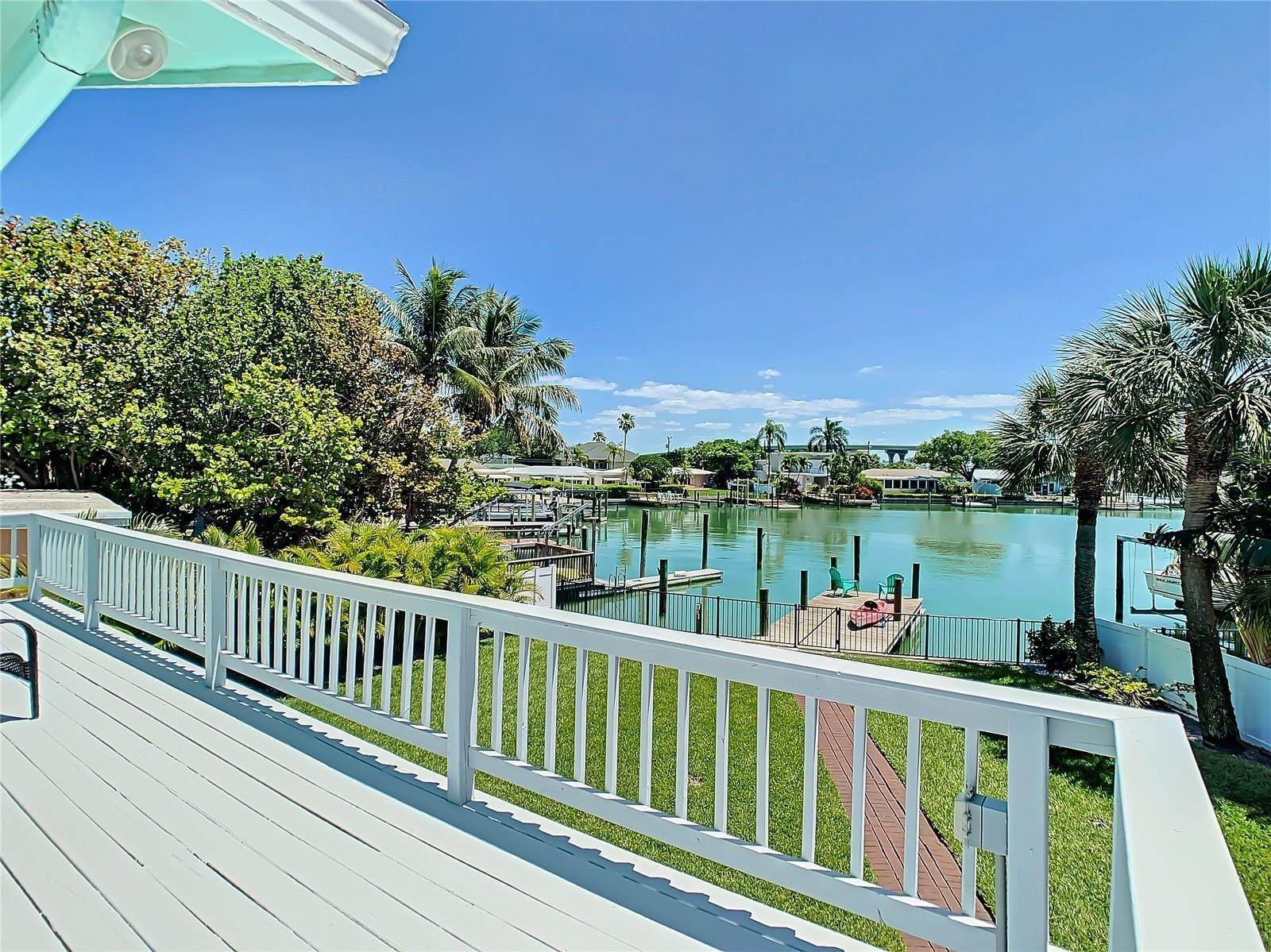 48. Single Family Home for Sale at St. Pete Beach, Florida,United States