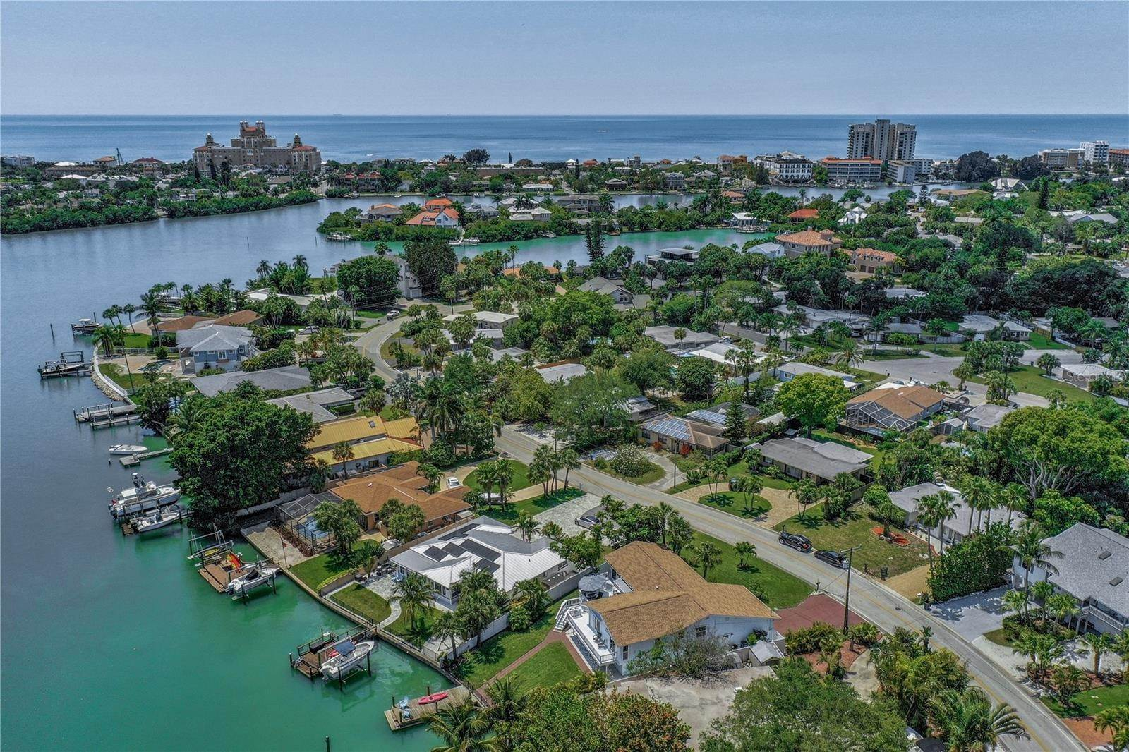 68. Single Family Home for Sale at St. Pete Beach, Florida,United States