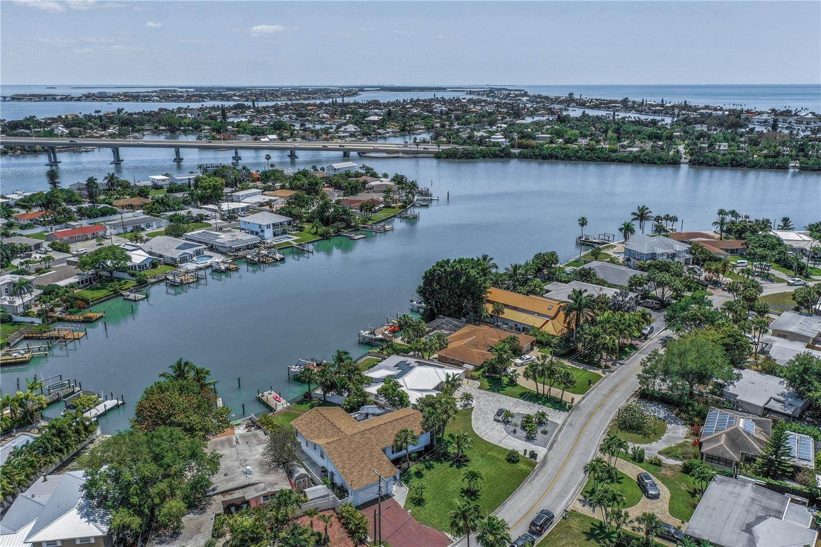 71. Single Family Home for Sale at St. Pete Beach, Florida,United States