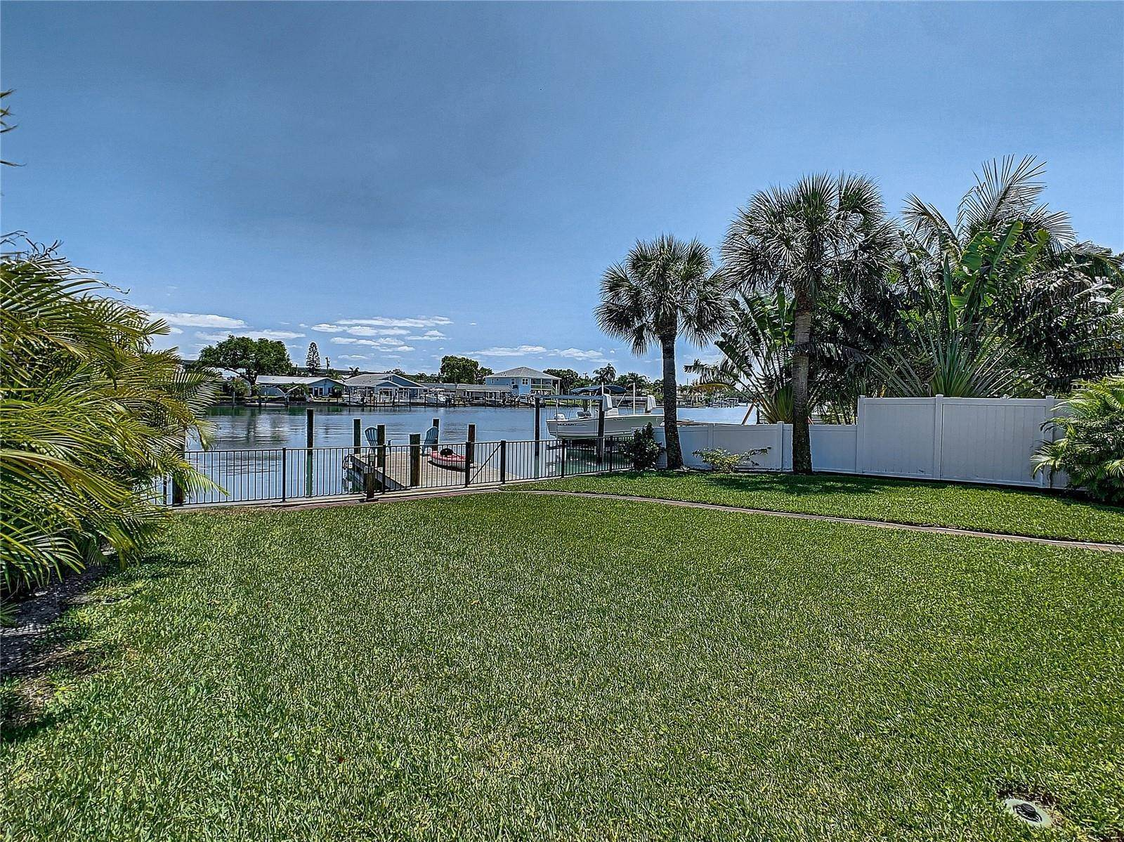 73. Single Family Home for Sale at St. Pete Beach, Florida,United States